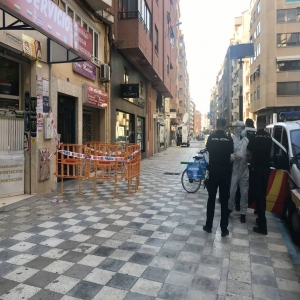Se decreta el confinamiento de un <strong>edificio </strong>en <strong>Albacete </strong>por un brote de <strong>coronavirus</strong>